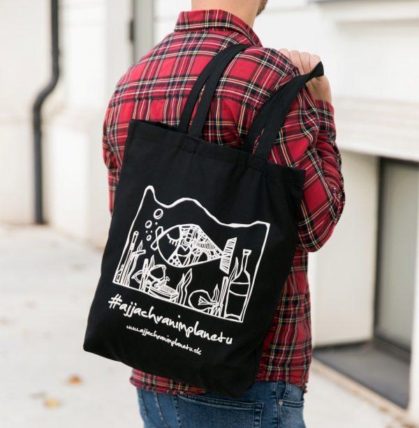 Bavlnená ekologická taška aj ja chránim planétu čierna nosenie